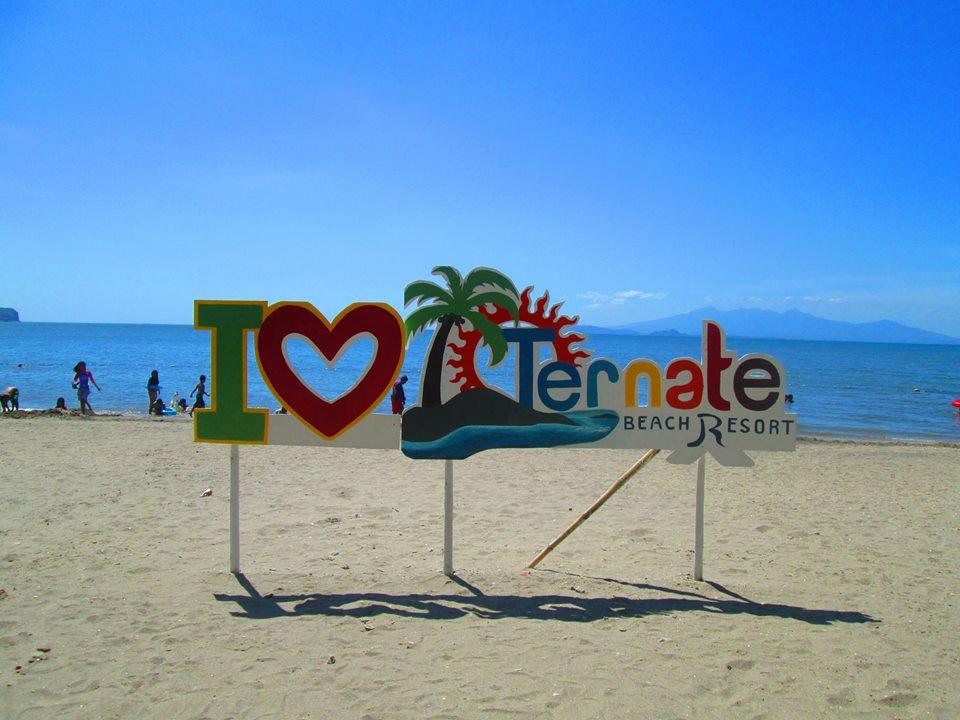 ternate_beach_signage