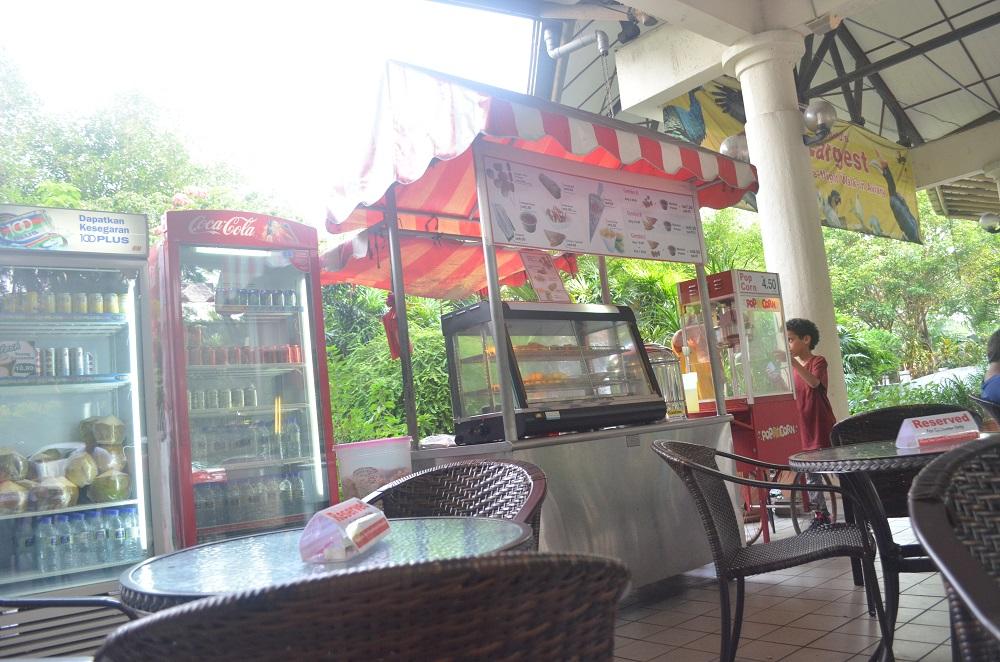 kuala_lumpur_bird_park_cafe